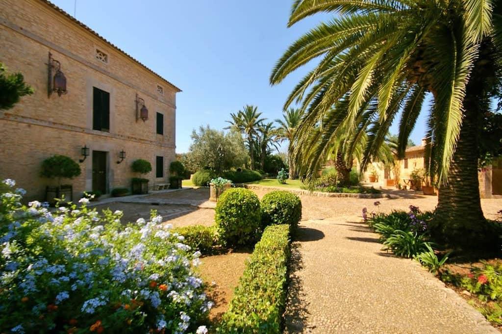Diseño de Jardines en Mallorca - Cal Reiet - Viveros Pou Nou